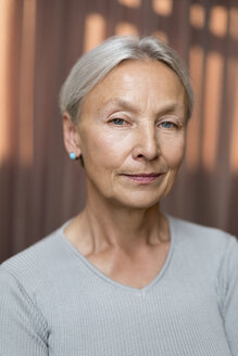 Portrait of senior woman with grey hair - VGF00125