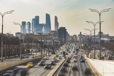 Russia, Moscow, Traffic on Krimsky Val with financial district in background - WPEF01120