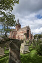 Great Britain, Scotland, Orkney, Mainland, Kirkwall, St. Magnus Cathedral and graveyard - EL01937