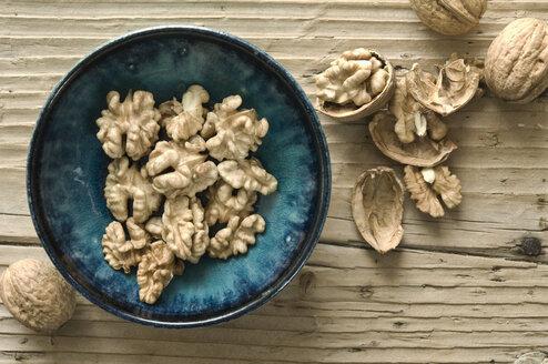 Bowl of walnut halves - ASF06257