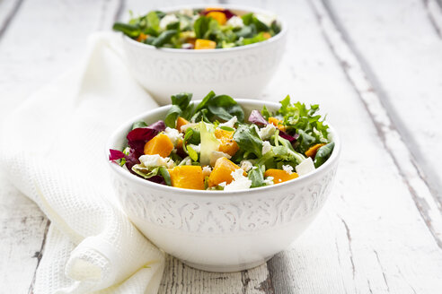 Bowls of autumnal salad with feta and Hokkaido pumpkin - LVF07549