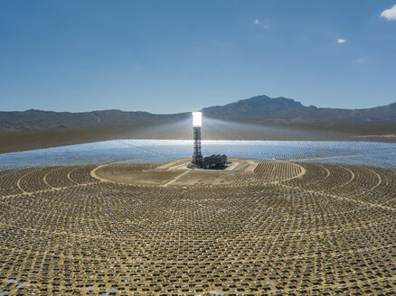USA, Las Vegas, solar power field - TOVF00115