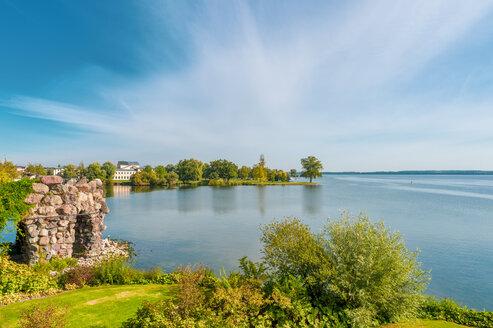 Germany, Mecklenburg-Western Pomerania, Schwerin, Island, Grotto, royal stables on peninsula - FR00761