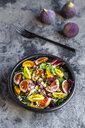 Mixed salad with fig, tomato, ham, cheese, pistachio - SARF03975