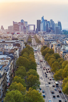France, Paris, cityscape with Avenue de la Grande Armee and La Defense - WDF04882