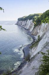 Germany, Mecklenburg-Western Pomerania, Ruegen, Jasmund National Park, chalk cliff - MAMF00233
