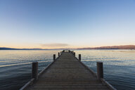 USA, California, Lake Tahoe at sunset - KKAF03029