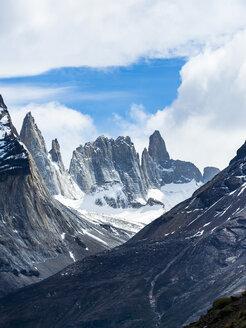 Chile, Patagonia, Torres del Paine National Park, Cerro Paine Grande and  Torres del Paine - AMF06293