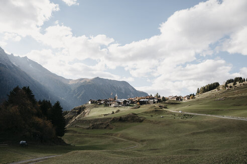 Switzerland, Engadine, mountain village - LHPF00157