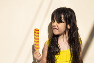 Portrait of little girl with popsicle - ERRF00164