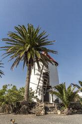 Spain, Lanzarote, Tiagua, Museo Agricola El Patio, wind mill - MAB00504