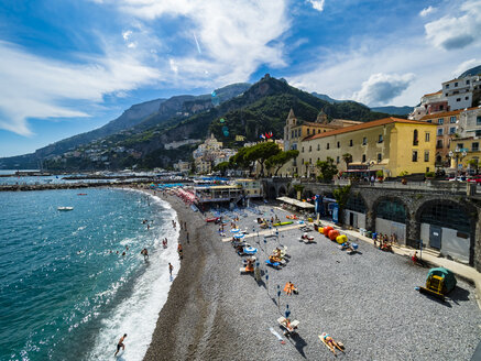 Italy, Amalfi, view to the historic old town with beach in the foreground - AMF06342