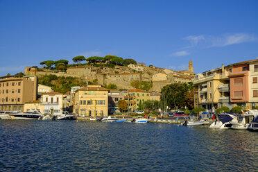 Italy, Tuscany, Castiglione della Pescaia, Old town and harbour - LBF02273