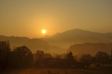 Germany, Upper Bavaria, Giesberg near Miesbach at sunrise - LBF02275