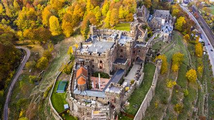 Germany, Rhineland-Palatinate, Trechtingshausen, View of Reichenstein Castle in autumn - AM06352