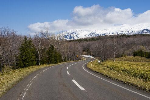 Hokkaido, Shiretoko National Park, empty road - RUNF00310