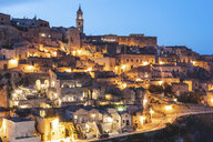 Italy, Basilicata, Matera, Townscape and historical cave dwelling, Sassi di Matera at blue hour - WPEF01180