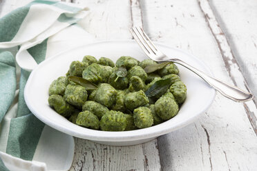 Spinach basil gnocchi on plate - LVF07583