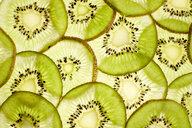 Slices of kiwi, close-up - KSWF02010