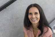 Portrait of smiling mature woman - JUNF01581