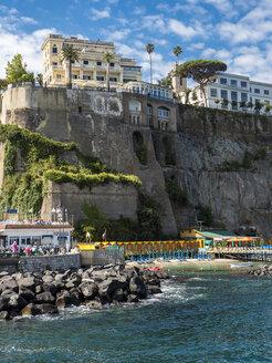 Italy, Campania, Sorrento, cliff coast and hotels - AMF06407
