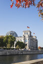 Germany, Berlin, disctrict Mitte, Reichstag building with Dome at Spree river - GWF05690