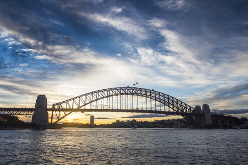 Australia, Sydney, Harbour bridge at sunset - RUNF00429