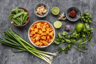 Ingredients of sweet potato soup with  shrimps - SARF04018