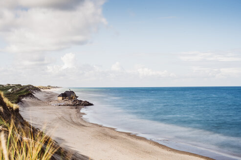 Scenic nature view of a beach - INGF10935