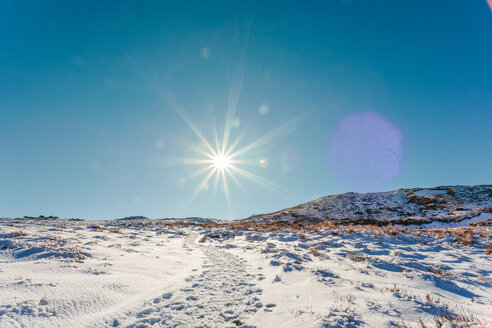 Scenic landscape of snow capped mountains on a sunny day in winter - INGF11202