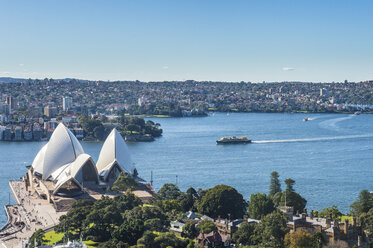 Australia, New South Wales, Sydney, Overlook over Sydney harbour and the Sydney Opera House - RUNF00516