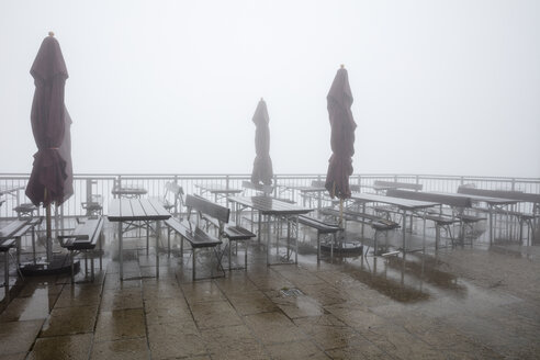Germany, Bavaria, Allgaeu, Allgaeu Alps, Mountain station Kanzelwand, empty view terrace and fog - WIF03705