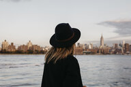 USA, New York, New York City, Brooklyn, woman with hat - LHPF00329