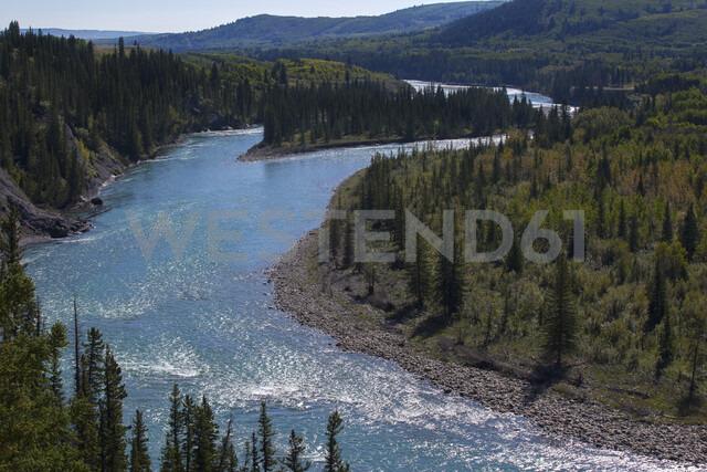 Winding river through landscape - HEROF03381 - Hero Images/Westend61