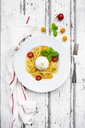 Spaghetti with tomatoes, burrata and basil leaves - LVF07644