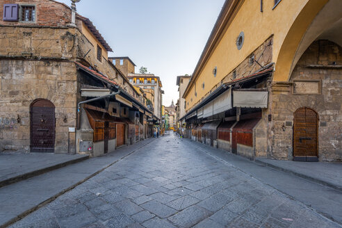 Italy, Tuscany, Florence, Old town, alley - RPSF00269