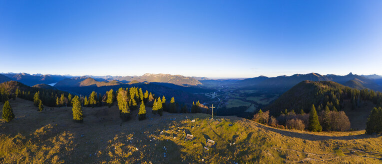 Germany, Bavaria, Isarwinkel, Bavarian Alps, View over Isar Valley, high alp near Lenggries, aerial view with drone - SIEF08272
