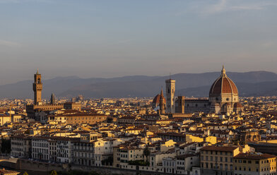 Italy, Florence, cityscape in the morning light - MRAF00364