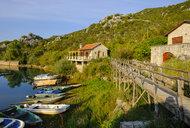 Montenegro, Lake Skadar, village Karuc - SIEF08313