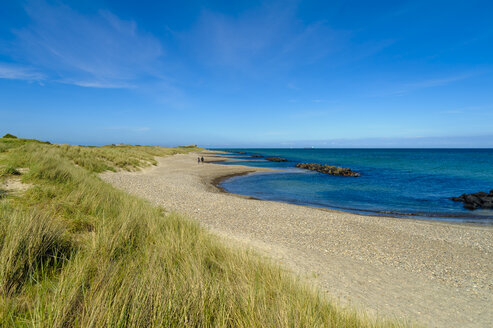 Denmark, Jutland, Skagen, Grenen, dunes, beach and sea - UMF00900