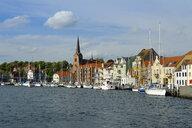 Denmark, Jutland, Sonderborg, view on city harbour - UMF00918