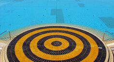 Croatia, Kvarner Gulf, swimming pool - WWF04793