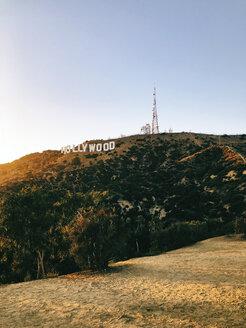 USA, Los Angeles, Hollywood Sign - JUB00304
