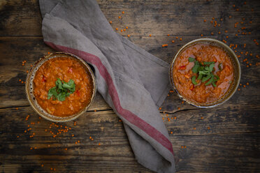Red lentil soup with paprika, ginger and coconut milk and coriander - LVF07649