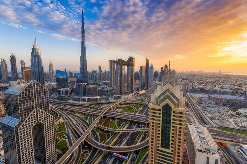 Middle East, United Arab Emirates, Dubai, Burj Khalifa, sunset - SMAF01171