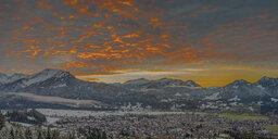 Germany, Oberstdorf in the evening, Hoher Ifen, Gottesacker plateau, Toreck, Little Walser Valley, Vorarlberg, Allgaeu Alps, Austria in the background - WGF01288