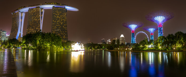 Singapore, Marina Bay Sands Hotel and Gardens by the Bea at night - SMAF01189