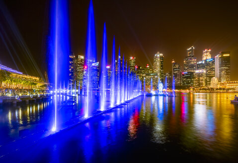 Singapore, cityscape at night, trick fountains - SMAF01192