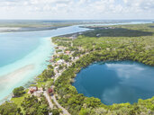 Mexiko, Yucatan, Quintana Roo, lagoon of Bacalar, drone image - MMAF00768