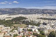 Blick auf Olympieion, Tempel des Olympischen Zeus, Panathinaiko-Stadion, Athen, Griechenland - MAMF00344